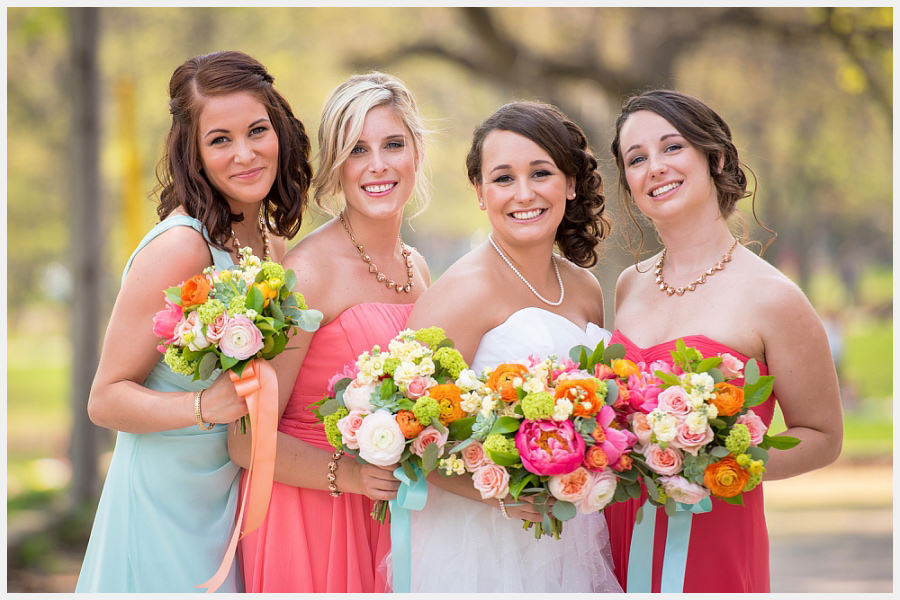 Bride and bridesmaids at Trinity Bellwoods Park